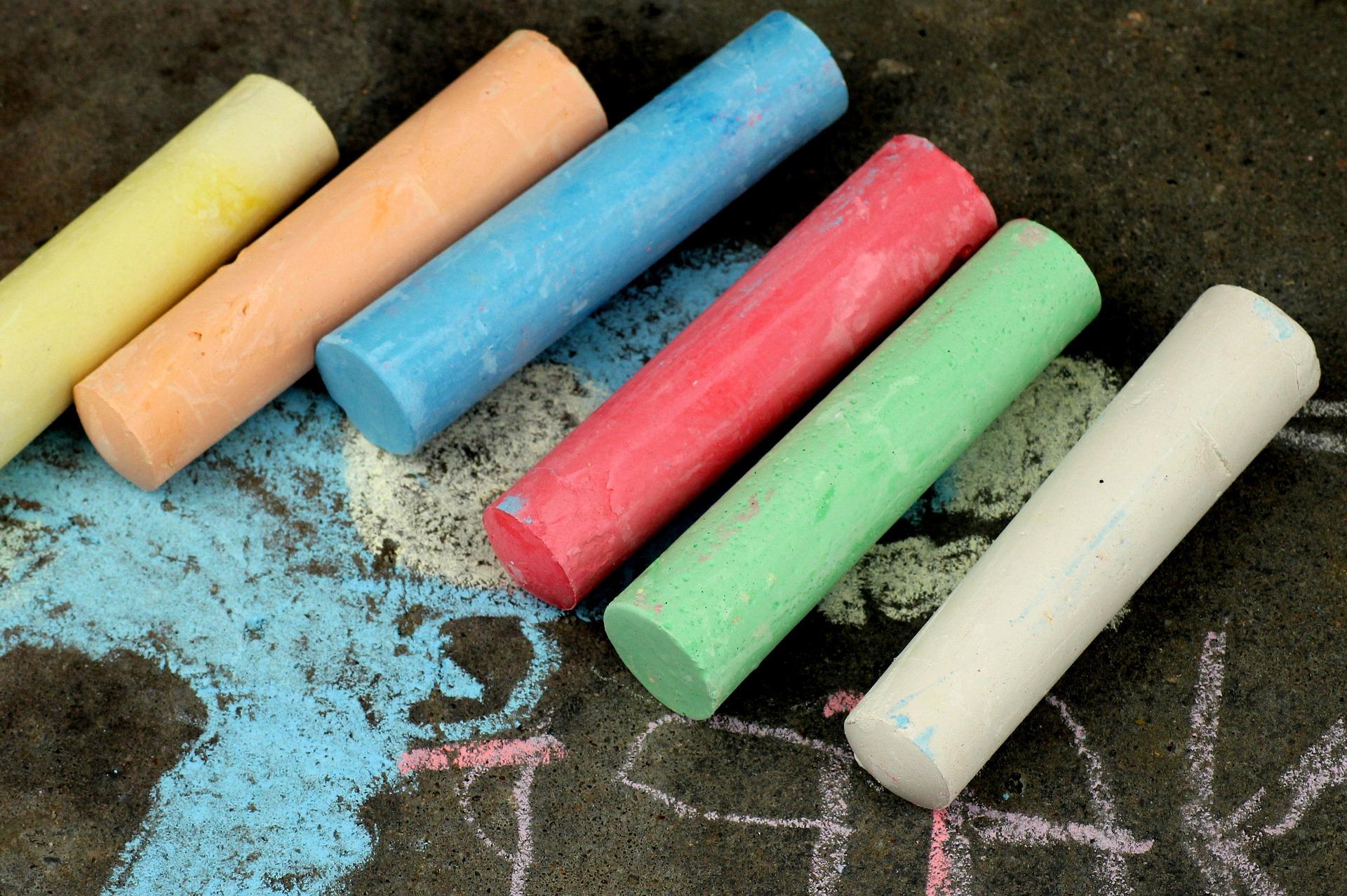 chalk-4161039_1920